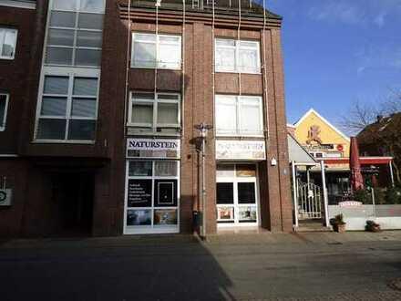 Vermietetes Büro mit 2 Tiefgaragen-Stellplätzen als Anlageobjekt!
