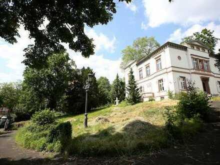 3-Zi.-Wohnung im prachtvollen innerstädtischen Stadtpalais