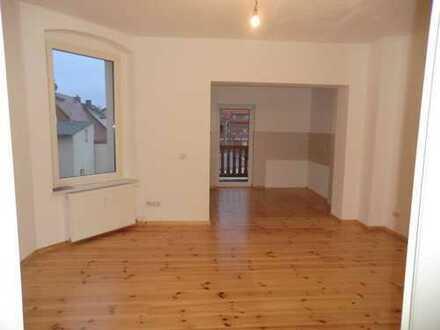 Bild_Ruhige 2 Zimmer-Wohnung mit Balkon