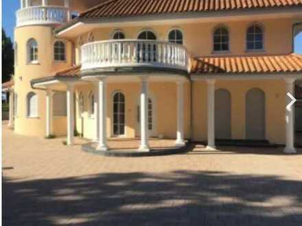 630 €, 100 m², 2 Zimmer