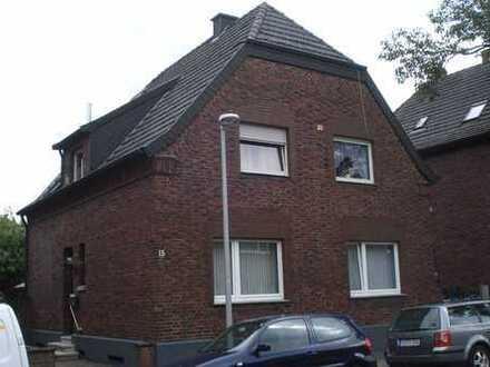 OG/DG Wohnung in zentraler Lage inkl. großer Terrasse