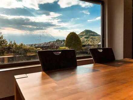 Traumhaftes Terrassen-Bungalow mit Panoramablick in ruhiger Lage