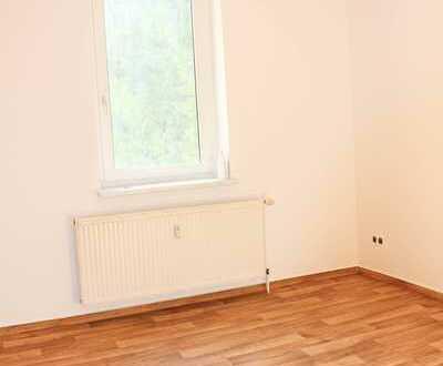Schöne große Wohnung mit Einbauküche