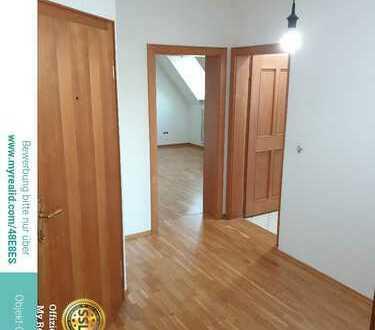 Helle 3-Zimmer-Dachgeschoss-Wohnung in Fahrenzhausen