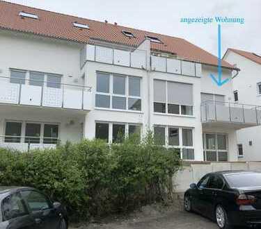 Neubauwohnung mit Einbauküche und Balkon: schöne 3-Zimmer-Wohnung in Nagold/Vollmaringen