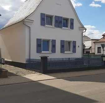 Schönes Haus mit vier Zimmern in Rhein-Pfalz-Kreis, Fußgönheim