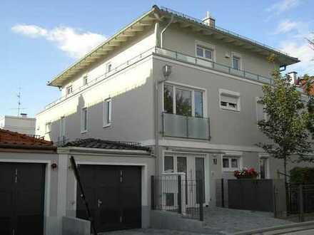 Exklusives Penthouse mit umlaufender Dachterrasse Nähe Willibaldplatz / Mü. - Laim