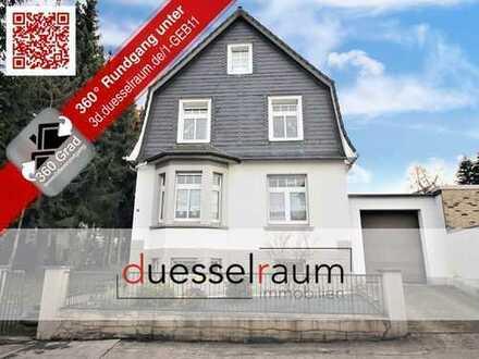 Freistehendes Ein-/Zweifamilienhaus mit Doppelgarage und Außenstellplatz