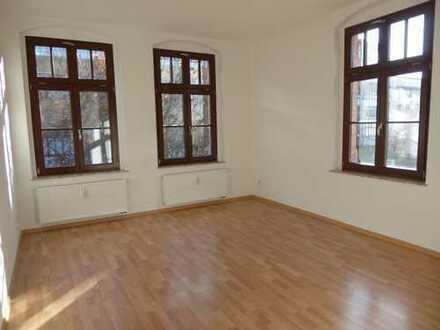 Was will man mehr?! - Süße 3-Raum mit Balkon und Laminat in Altchemnitz