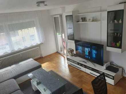Vollständig renovierte 2-Zimmer-Wohnung mit Balkon und EBK in Markgröningen