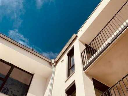 Hier ist Platz für die ganze Familie - Dachgeschoss-Wohnung mit 2 Dachterrassen