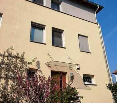 Wunderschöne Doppelhaushälfte in Dresden Briesnitz zu Vermieten