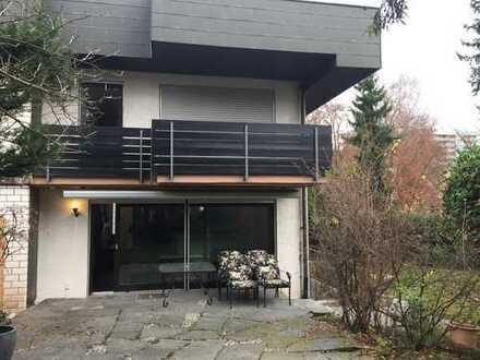 Großes, schönes Haus in ruhiger Lage in Sindelfingen, 10 Min zur Panzer,American people are welcome