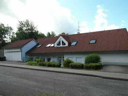 Bezugsfreie Dachgeschoss-Eigentumswohnung in ruhiger Wohnlage von Marburg-Cappel