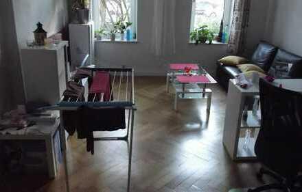 Sehr schönes helles Zimmer Nähe Blücherplatz / Uni
