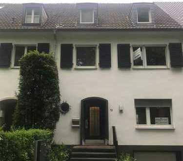Elegantes Einfamilienhaus in Köln Marienburg