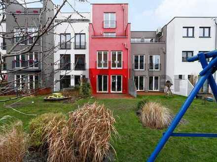 Harmonisches Miteinander: Townhouse mit Dachterrasse und Garten in Hohenschönhausen