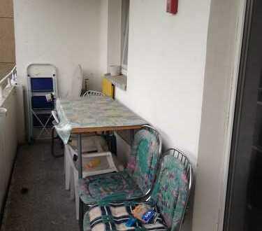 Schöne 1R-Wohnung mit Dusche in direkter Uni-Nähe