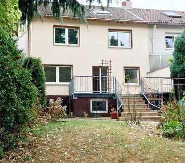 1.100 €, 137 m², 4 Zimmer