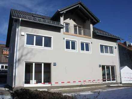 DHH Charakter- Helle und ruhige 3-Zimmer Wohnung mit Garten (Wohnung 2)