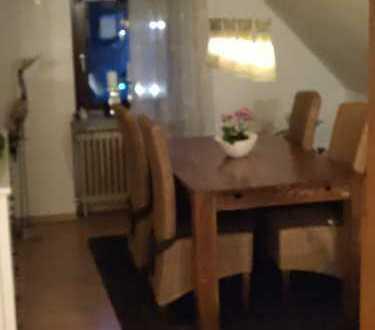 Preiswerte, vollständig renovierte 4-Zimmer-Dachgeschosswohnung mit Einbauküche in Wetter (Ruhr)