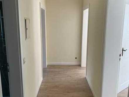 Erstbezug nach Sanierung: ansprechende 4-Zimmer-Wohnung mit EBK in Kirn