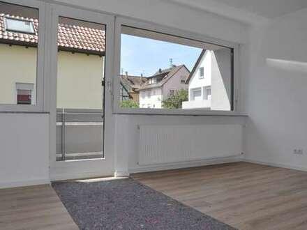 Tolle 3-Zimmer Wohnung mit Balkon in ES-Hegensberg!