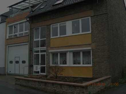 Schöne, geräumige zwei Zimmer Wohnung in Wesseling-Mitte