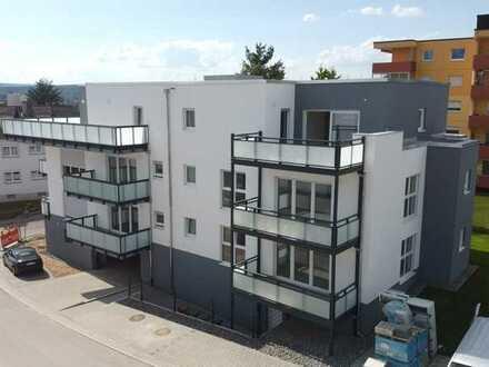 * Zu Vermieten * Erstbezug, 2 Zimmer Wohnung inkl. EBK und Stellplatz