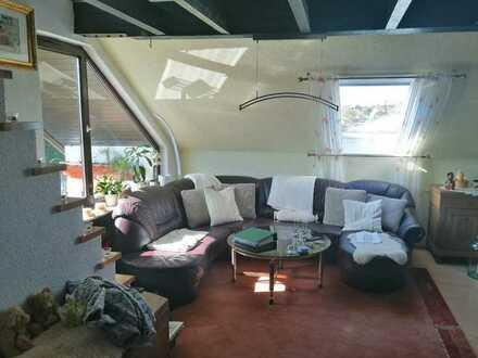 Exklusive, gepflegte 3-Zimmer-Maisonette-Wohnung mit Balkon und EBK im Enzkreis