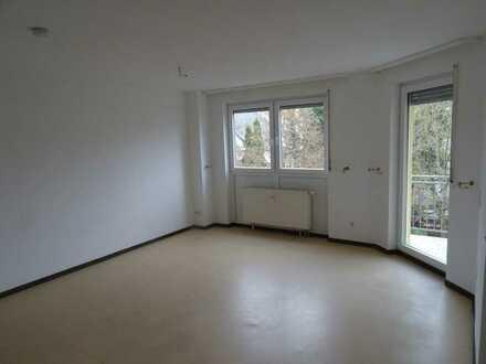 2-Zimmer-Wohnung mit Balkon in Darmstadt-Eberstadt