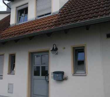 Schönes, geräumiges Reihenhaus in Friedberg West