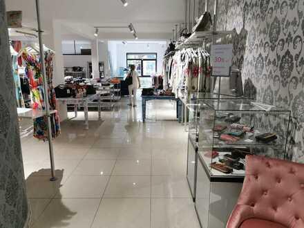 Ladenlokal Langenfeld City zu verkaufen in Fußgängerzone 135m² Kapitalanlage