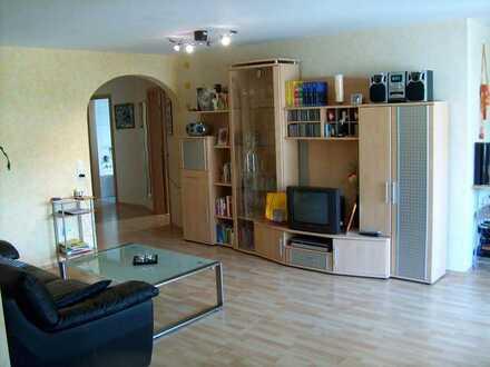 Attraktive 3 1/2-Zimmer-OG-Wohnung mit Balkon im Neubaugebiet in Mundelsheim (ohne Provision)
