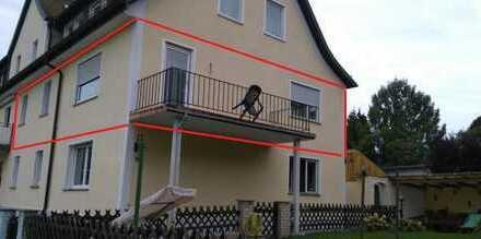 Gepflegte 3-Zimmer-Wohnung mit Balkon und Einbauküche in Amberg-Sulzbach (Kreis)