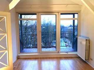Traumhafte 4-Zimmer Wohnung über den Dächern Eilbeks