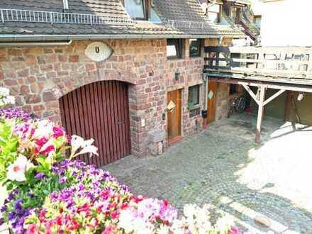 Für die Familie - Haus im Haus mit großer Terrasse und Hofmitbenutzung
