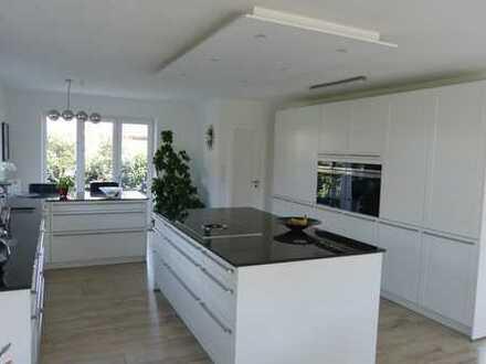 Provisionsfrei! Exklusives und elegantes Einfamilienhaus - modern und zeitgemäß