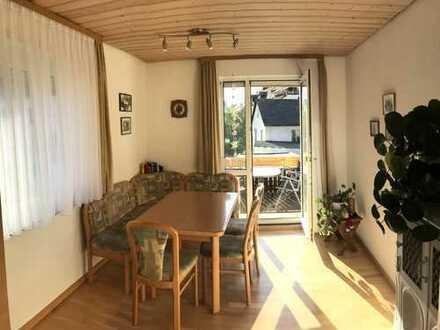 Gemütliche 4-Zimmer Wohnung mit Sonnenbalkon in zentraler Lage - Ebingen