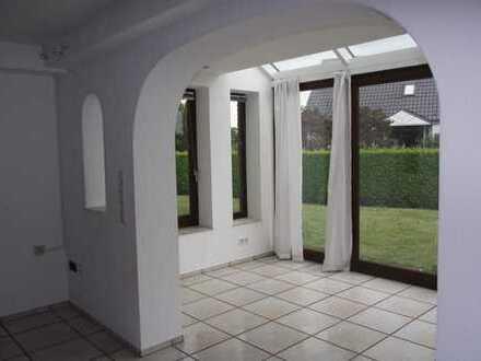 *TOP* 5-Zimmer Wohnung in Dortmund-Lichtendorf - Garage