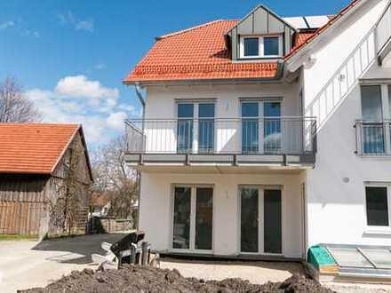 Maisonette mal modern! Erdgeschoss und hell belichtetes Untergeschoss mit 4 Zimmer und Terrasse.