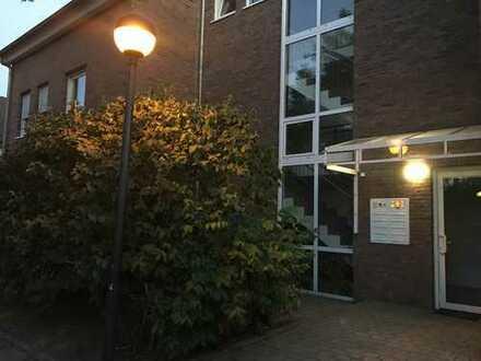 Wunderschöne Wohnung mit Garten in moderner Stadtvilla in Schönefeld OT Großziethen