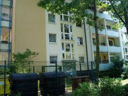 ruhig gelegene 3-Raumwohnung mit Balkon!