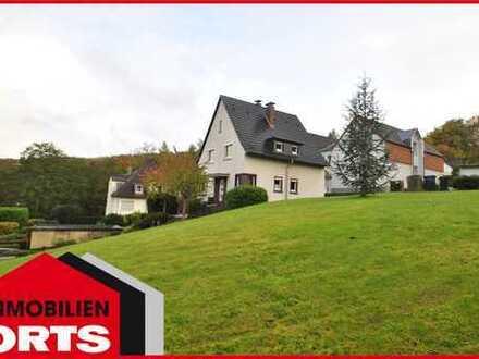 ORTS *** freistehendes Haus mit schönem Weitblick ins Grüne - Hanglage - Hattingen ***