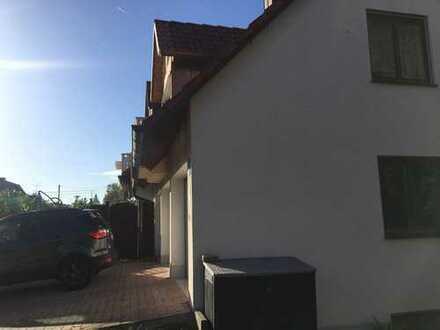 Gepflegte 2-Zimmer-EG-Wohnung mit Terrasse und Gartenanteil in Ismaning
