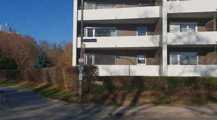 Vollständig renovierte 3-Zimmer-EG-Wohnung mit Balkon und Einbauküche in Bayreuth