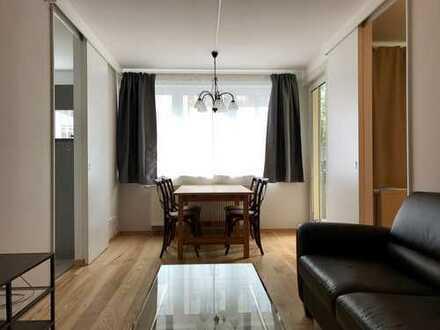 Frisch renovierte möblierte 2-Zimmer Wohnung zentraler Lage, 1.OG, nahe Goetheplatz, frei ab 05.07
