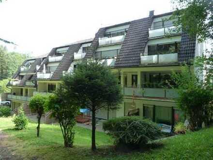 Schöne vier Zimmer Wohnung in ruhiger Waldrandlage mit herrlichen Ausblicken.