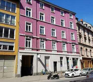 Gepflegte Wohnung mit vier Zimmern in Frankfurt am Main