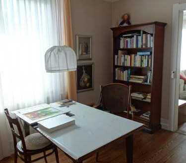 STUDENTEN AUFGEPASST! 4 sehr helle WG-Zimmer in schöner Stadtvilla in Nürtingen , Obj.Nr. 7022